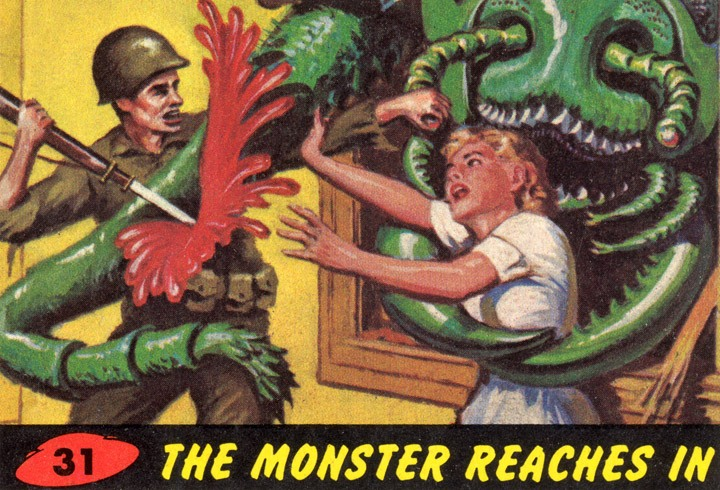 1962 Topps Mars Attacks Card #31 The Monster Reaches In